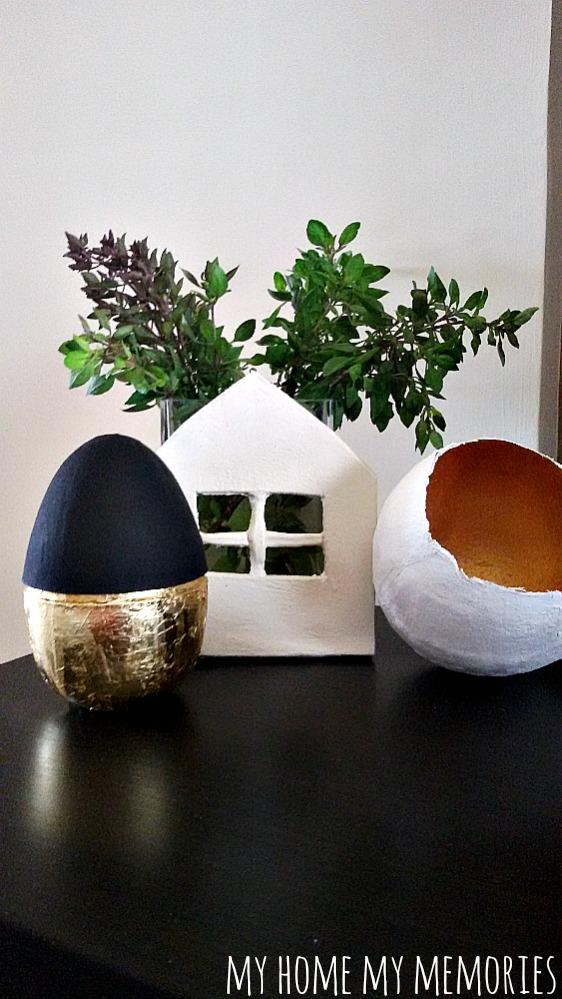 black-and-gold-egg.jpg